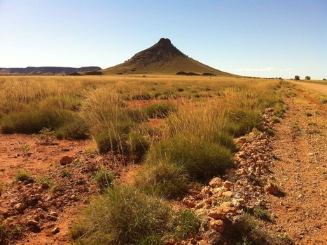 Connecting Communities through Poetry: Pinning Poetry to Place in the Pilbara   Australian Poetry   Creatively Teaching: Arts Integration   Scoop.it