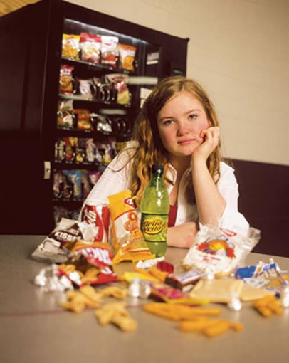 The Losing Battle Against Obesity: Students Defy Health Food Standards by Sylvia Anderson - Weight Control - InsidersHealth.com | Babies, Children, and Teens - Alternative Health News | Scoop.it