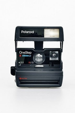 Impossible Refurbished 80s-Style Polaroid 600 Camera and Film Set - Urban Outfitters | Buzz Actu - Le Blog Info de PetitBuzz .com | Scoop.it
