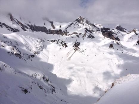 Muraille de Barroude depuis le pic de l'Aiguillette le 10 mars - Maxime Teixeira | Vallée d'Aure - Pyrénées | Scoop.it