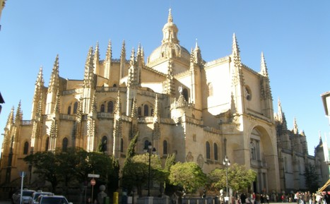 catedral-segovia1.jpg (2793x1728 pixels)   Arquitectura Divina   Scoop.it