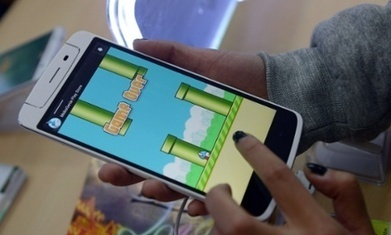 iCloud hackers planned Flappy Bird clone to steal photos from phones   Ethical Issues In Technology   Scoop.it