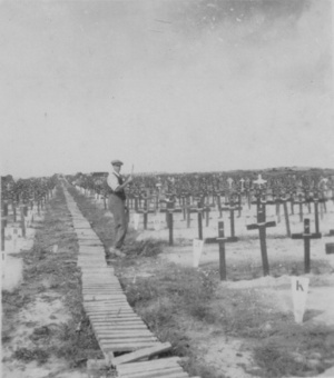 Aftermath: Hooge Crater Cemetery 1920 | English Usage for French Insights | Scoop.it