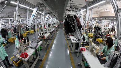 China manufacturing sees contraction | A2 business studies | Scoop.it