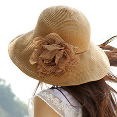 Polka Flower Sunblock Straw Floppy Hat | Product We Love | Scoop.it