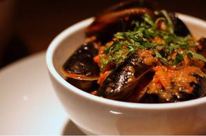 Fresh mussel potjie - iafrica.com   @FoodMeditations Time   Scoop.it