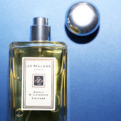 Beauty Chemistry: The Perfect First-Impression Fragrance | Into The ... | fashion and media | Scoop.it