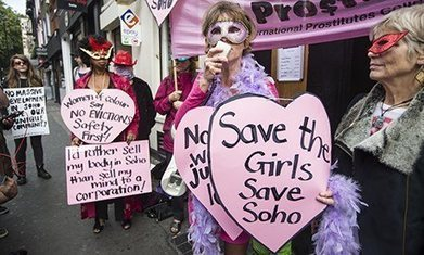 Soho sex workers protest against forced evictions in London red light district | #Prostitution : putes en lutte : paroles de celles qui ne veulent pas être abolies | Scoop.it