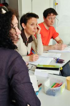 Le Club de la presse des Pays de Savoie organise une formation pour aider les journalistes pigistes à développer leurs collaborations | Presse & Journalisme | Scoop.it