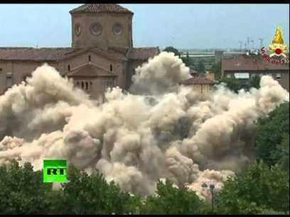 Italy implosion: Demolition of quake-hit church bell tower | Italy Luxury Villas and Apartments | Scoop.it