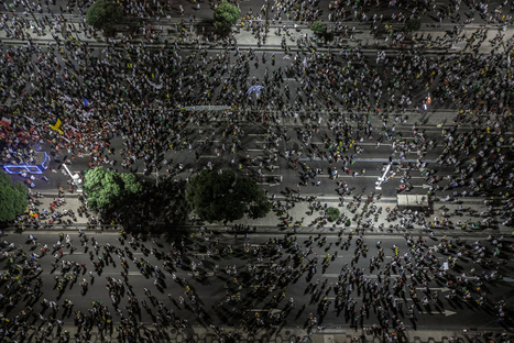 Brazil: Protests & Demonstrations: impressive commented photographs | Interesting Reading to learn English -intermediate - advanced (B1, B2, C1,) | Scoop.it