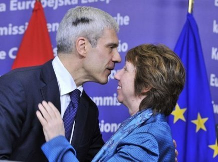 UE: la Serbie en bonne voie mais deux pays bloquent encore un accord | Union Européenne, une construction dans la tourmente | Scoop.it