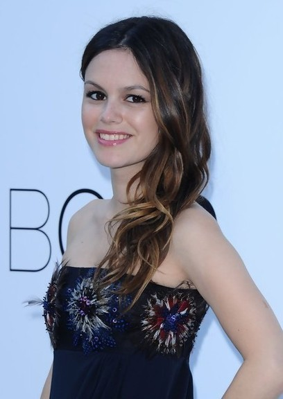 Rachel Bilson Long Hairstyle with Soft, Side Swept Waves | academy | Scoop.it