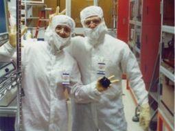 Intel Retiree Hangs Up Bunny Suit after 32 Years   Intel Free Press   Scoop.it
