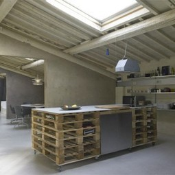 Pallet as functionnal furniture in a loft - 1001 Pallets | Shopping for Furniture in AZ | Scoop.it