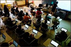 Chromebooks Gain in K-12 Market, Challenging iPads - Education Week News | Edtech PK-12 | Scoop.it