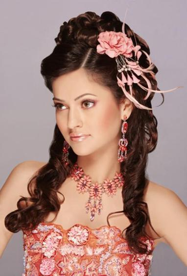 Latest Hairstyles and Haircuts for Pakistani Girls 2013   Beauty Tips for Girls   Scoop.it