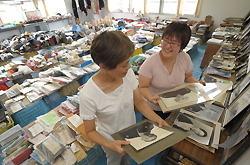 [Eng] Les gouvernements locaux ferment les salles des objets perdus | The Mainichi Daily News | Japon : séisme, tsunami & conséquences | Scoop.it