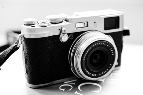 Street Photography and Review of the Fujifilm X100S | Crash Course Photography › By TOMEN | fuji x100s | Scoop.it