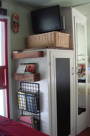 44 Cheap And Easy Ways To Organize Your RV/Camper | RV Life via Hidden Valley RV | Scoop.it