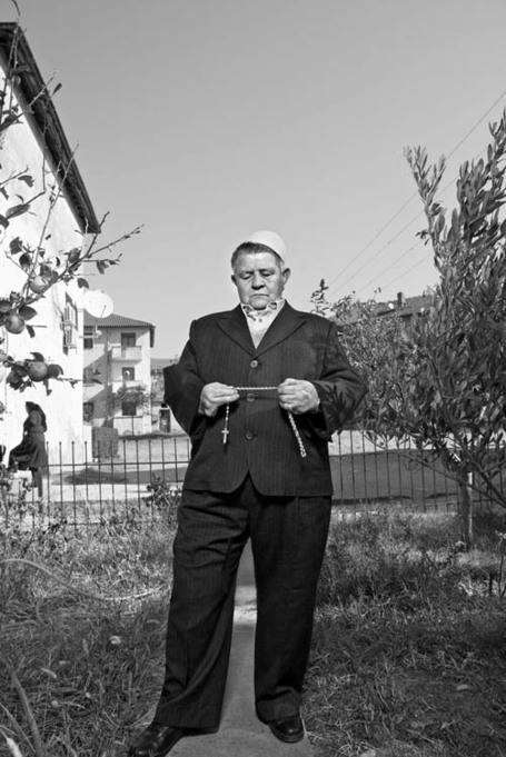 Portraits of Albanian Women Who Have Lived Their Lives As Men | Merveilles - Marvels | Scoop.it