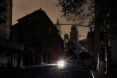 New York plongée dans l'obscurité et vue par Christophe Jacrot   pour mon jardin   Scoop.it