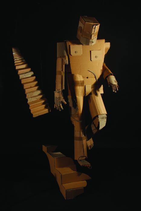 "Mark O'Brien ""The Crazy Cardboard Craftsman"" : | scatol8® | Scoop.it"