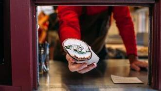 Trendinista: Restaurants broaden reach with takeout windows | SocialMediaRestaurants.com | Scoop.it