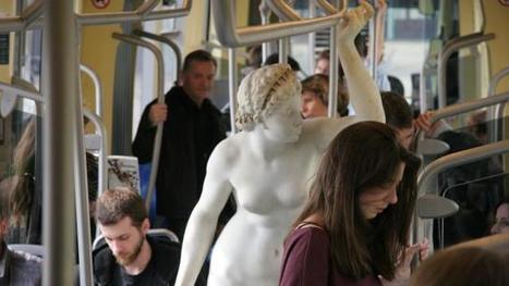 Nantes. Une étrange statue dans le tram | Referentes clásicos | Scoop.it