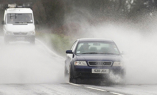 Driving in floods,Car Tips