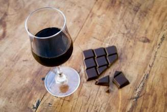 How to Pair Chocolate With the Right Wine (No Really...It Can Be Done) | Planet Bordeaux - The Heart & Soul of Bordeaux | Scoop.it