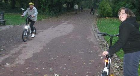 Douai (59) > Avec Droit d'vélo, à Douai, Anne-Marie, Aloïs et les autres apprennent à faire de la bicyclette   RoBot cyclotourisme   Scoop.it