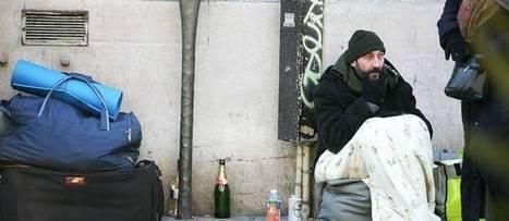 Logement : la France croule sous les demandes des sans-abri   Les constructions de logements sont-elles suffisantes pour répondre à la demande et aux besoins ?   Scoop.it