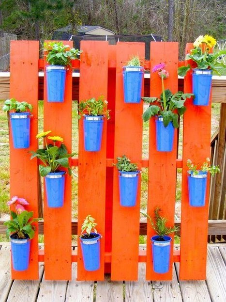 Colorful pallet garden | Let's Upcycle! | Scoop.it