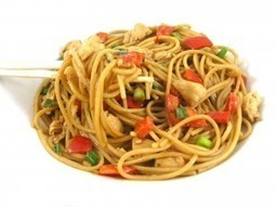 Skinny Thai Chicken and Peanut Noodles with Weight Watchers Points | Skinny Kitchen | Really interesting recipes | Scoop.it