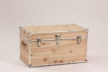 Cedar Trunks - Trunks Depot | Quality Trunks, Footlockers and Luggage | Scoop.it
