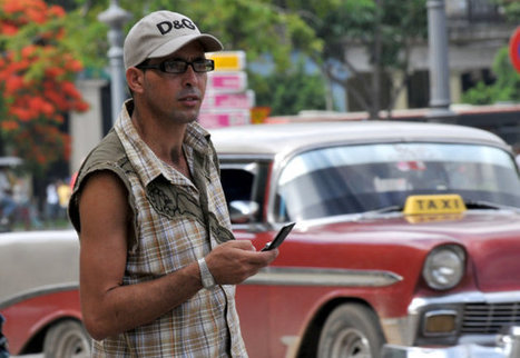 Cuba's first independent digital news will be sent via cellphones and flash drives | IT News from Web Synergies, Singapore | Scoop.it
