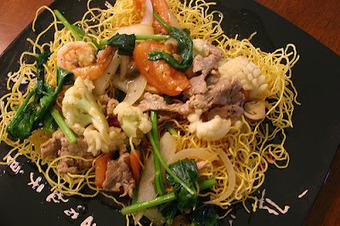 Gastronomie : Mi Xao - Nouilles à la viande et aux légumes | Hôtellerie -restauration | Scoop.it