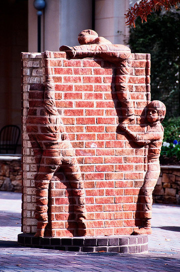 Life is an Open Book (2002), The Green, South Tryon Street, Charlotte, North Carolina | World of Street & Outdoor Arts | Scoop.it