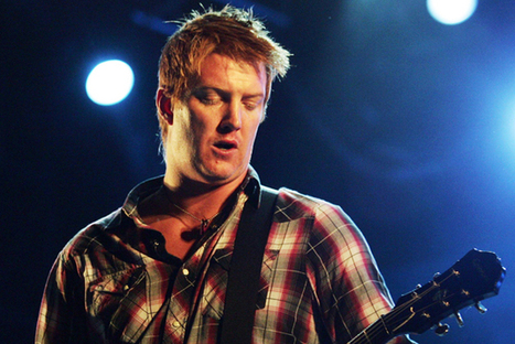 """*XXXTreme Music News! """"Queens of the Stone Age Debut New Song 'My God Is the Sun' at Lollapalooza Brazil"""" 