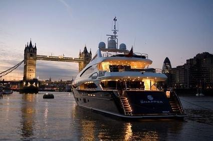 "Luxury Lifestyles on Twitter: ""Taking the yacht through London. http://t.co/1Ie6lIuf7s"" 