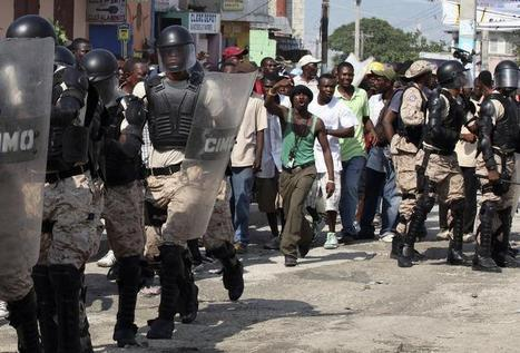 Haitian protesters demand president resign, clash with police | Mexico and Haiti Allie Anable | Scoop.it