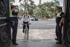 Un senador del PP pide que sancionen al alcalde de Valencia por ir en bici sin casco | Partido Popular, una visión crítica | Scoop.it