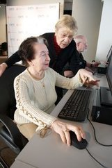 Helping Seniors Learn New Technology | NYTimes.com | Coming of Age | Scoop.it