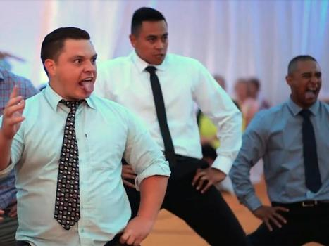 This emotional wedding haka will give you chills | The Independent | Kiosque du monde : Océanie | Scoop.it
