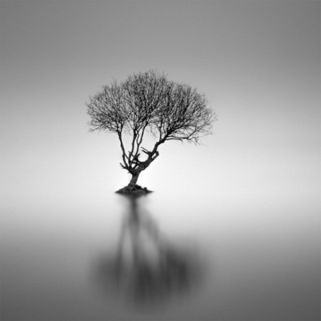 Minimalist Black and White Photography by Darren Moore | graphic-design | Scoop.it