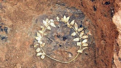Ancient gold wreath found in subway dig | Teaching history and archaeology to kids | Scoop.it