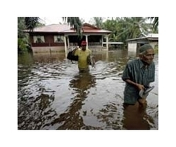 Malaysia floods force more evacuations as 1 more dead | Sustain Our Earth | Scoop.it