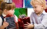 Des jouets éthiques dans la hotte du Père Noël   Barbie ouvrière : campagne Peuples Solidaires Vs Mattel   Scoop.it