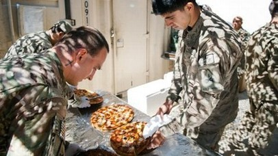 21,000 Pizzas Sent to U.S. Military for Super Bowl | READ WHAT I READ | Scoop.it